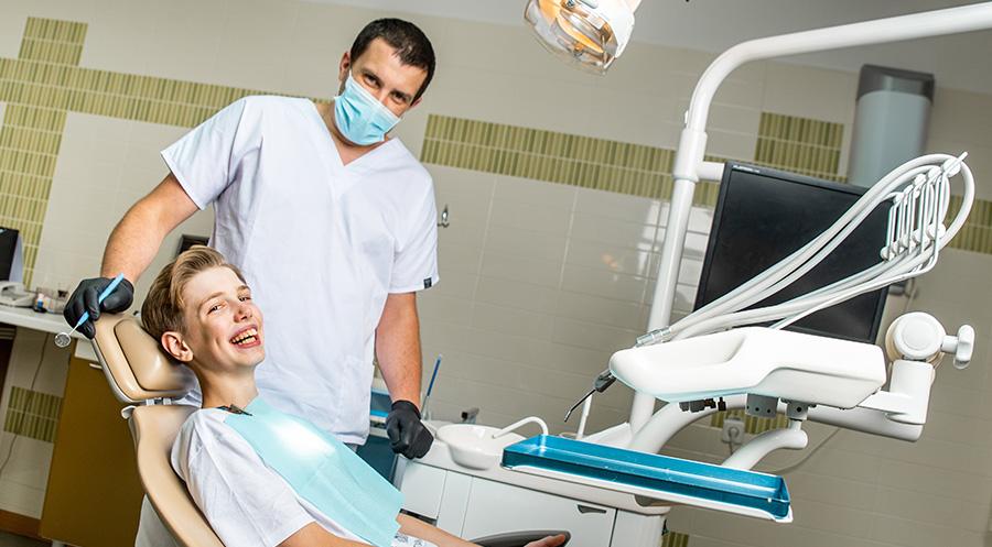 Устранение зубной боли в стоматологии